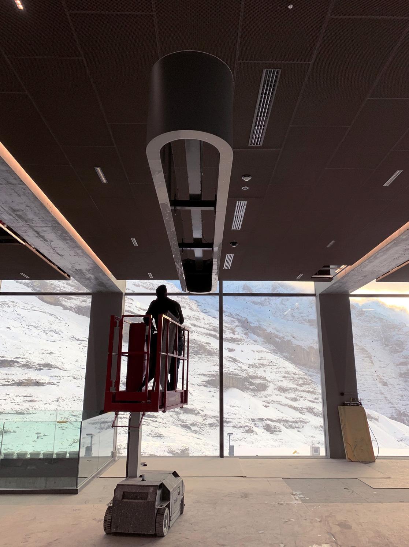 Signaletik Wegleitung Grindelwald Terminal Leuchtmodule Montage, Leuchtelement