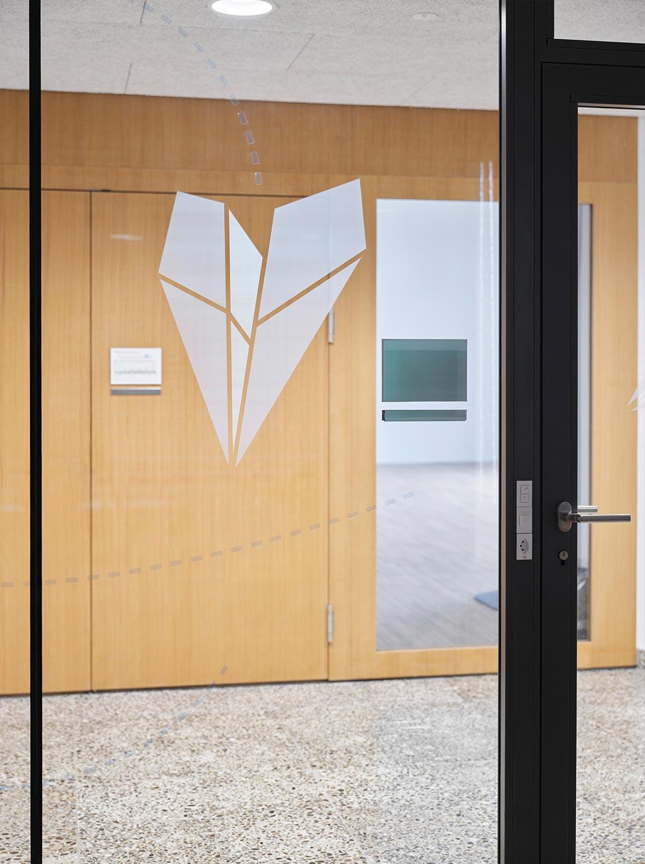 Bibliothek Auflaufschutz Flieger Burgfeld Bern Signaletik