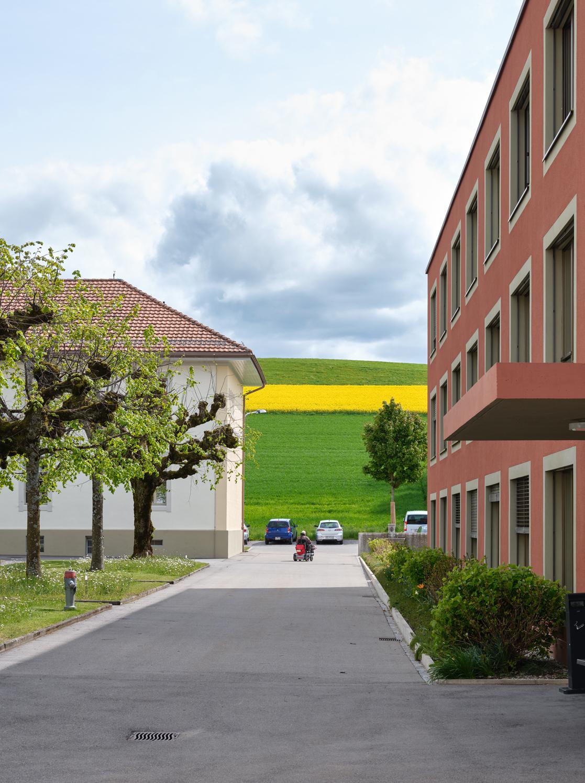 Signaletik Neubau Kühlewil, Wiesenhaus, durch Nulleins gmbh
